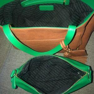 Steve Madden Bags - Steve Madden large green & Tan tote